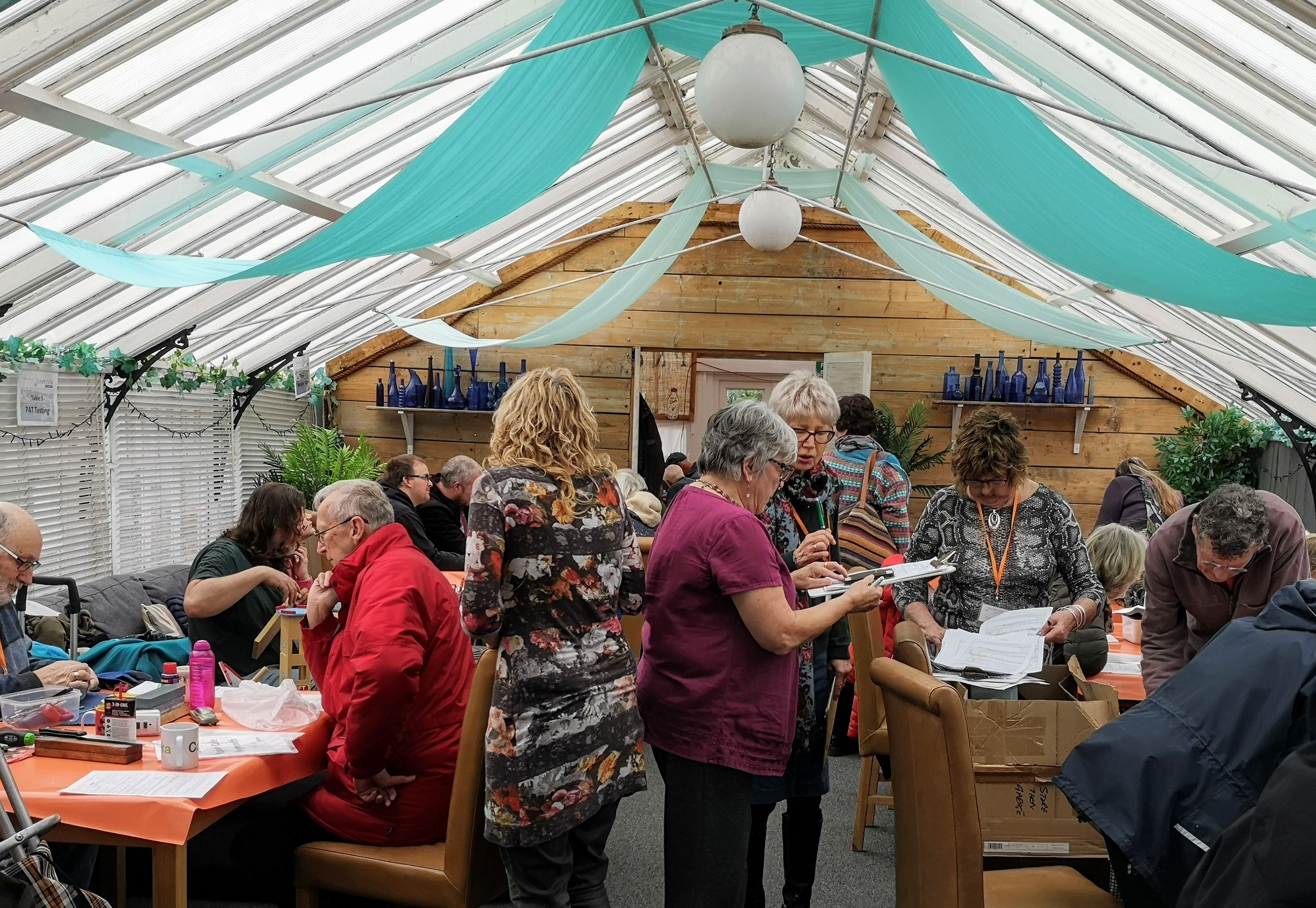 A busy day at repair cafe